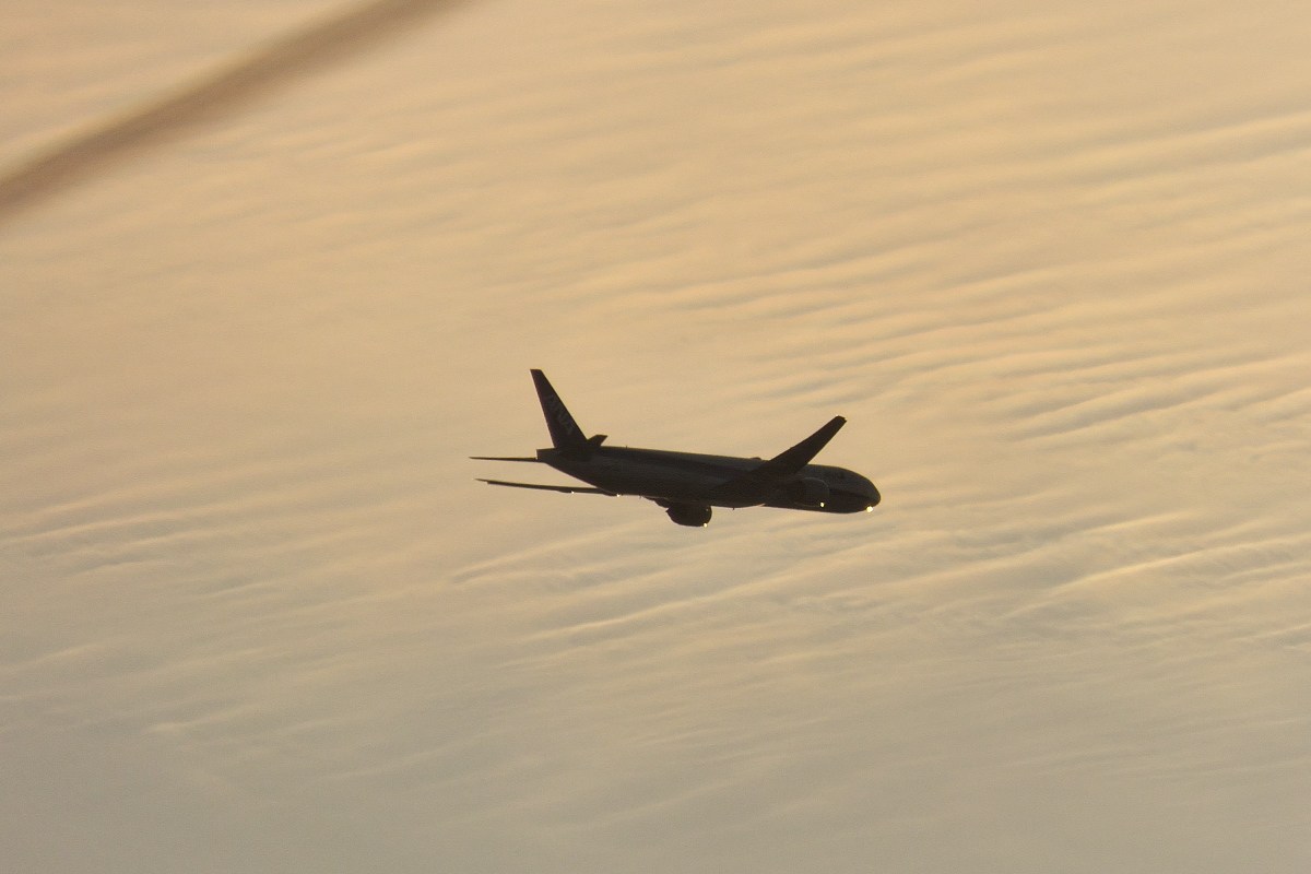 羽田新ルート南風運用・RW16着陸機はかなりカオスな状況_d0137627_22275746.jpg