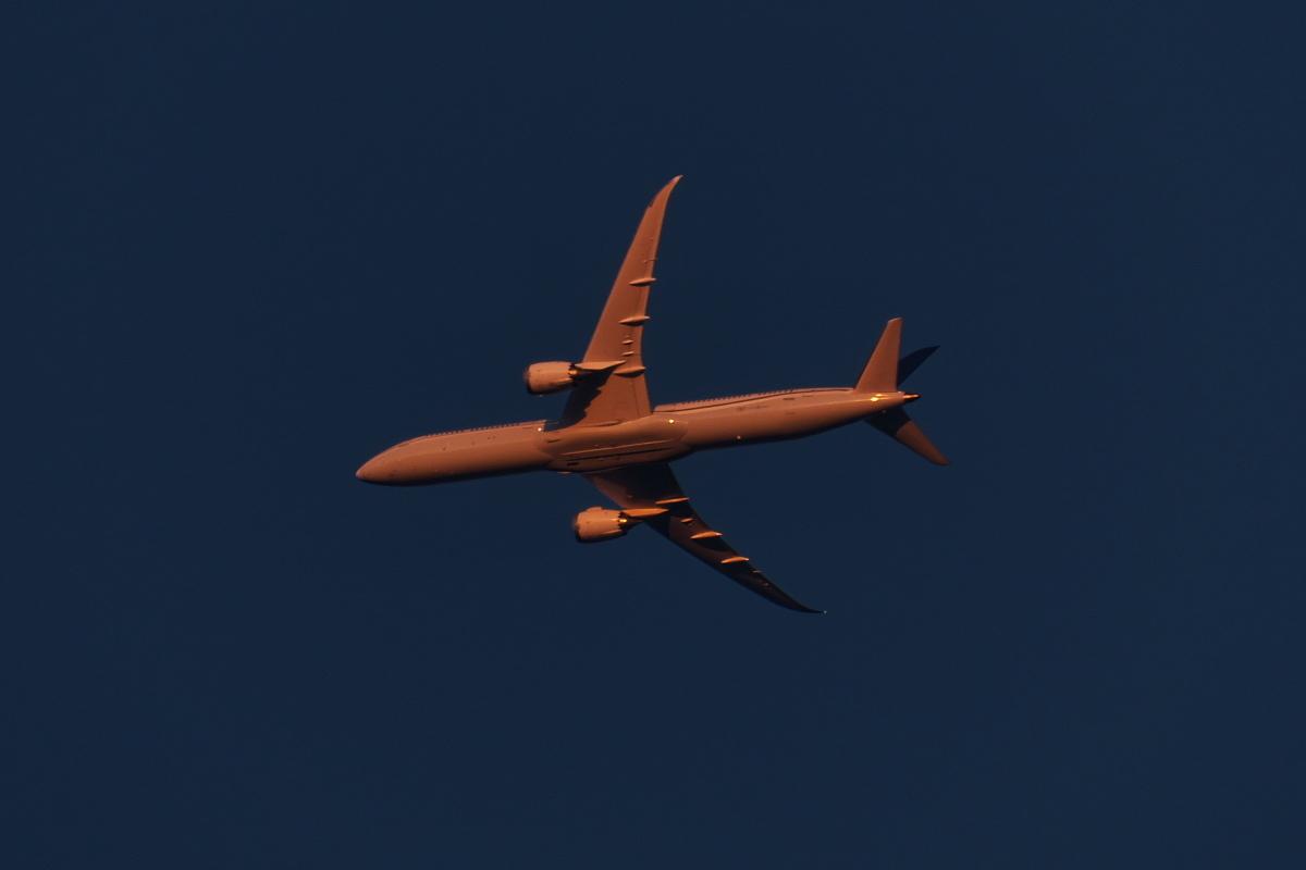 羽田新ルート南風運用・RW16着陸機はかなりカオスな状況_d0137627_22351068.jpg