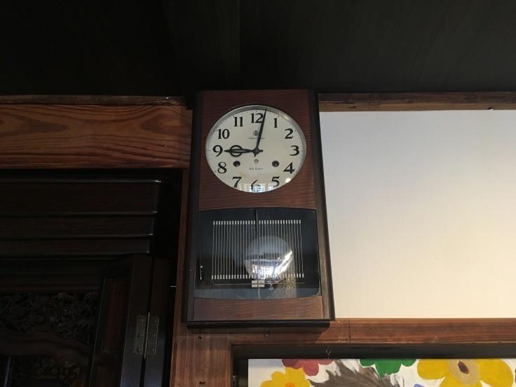 大きくない、のっぽでもない、古時計。_d0386342_09203149.jpg