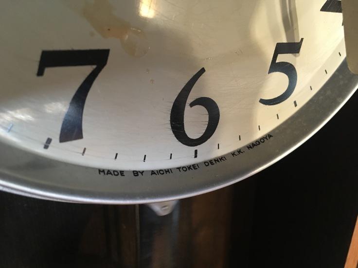 大きくない、のっぽでもない、古時計。_d0386342_09305804.jpg