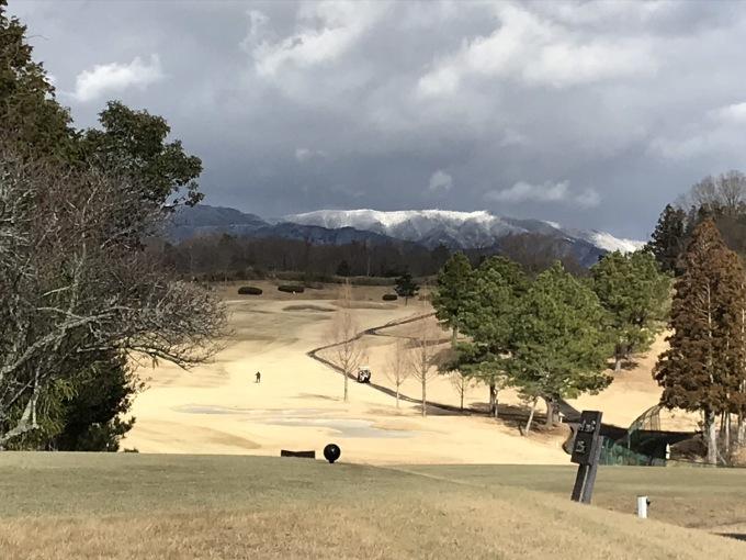 寒い日本、連チャンゴルフ_b0100062_06201923.jpeg