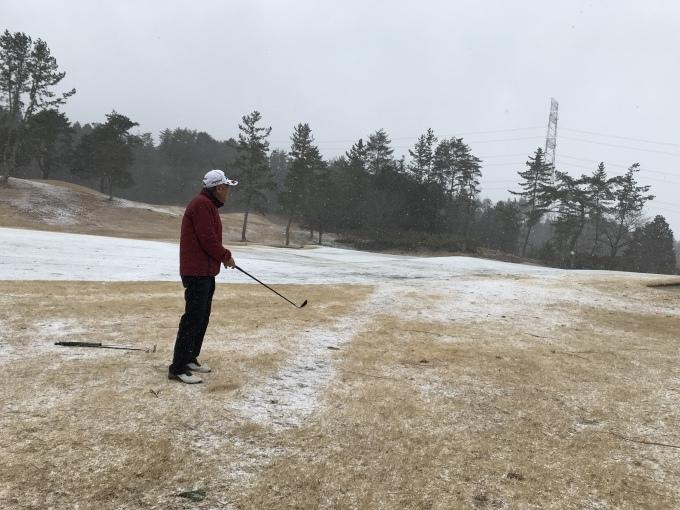 寒い日本、連チャンゴルフ_b0100062_06215518.jpeg