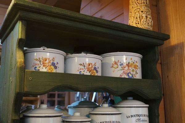 コーヒーカップ棚_e0365880_16500801.jpg