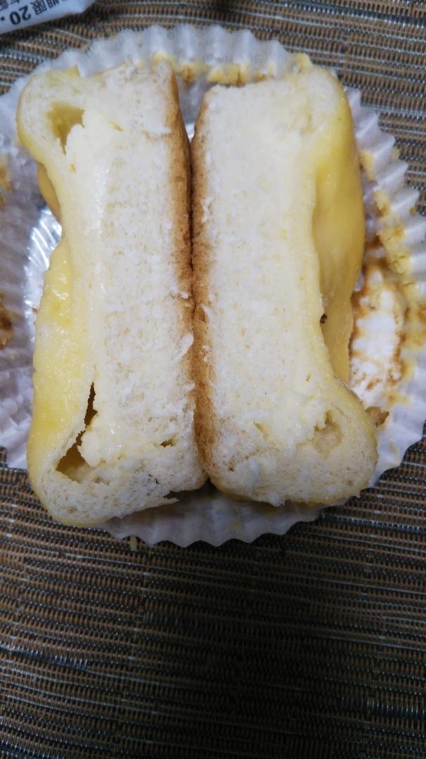 バスクチーズケーキ風パン_f0076001_22291493.jpg