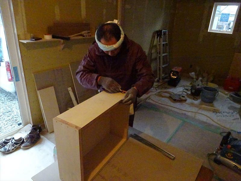 滝沢 穴口の家 大工工事も終盤に入りました。_f0105112_04244253.jpg