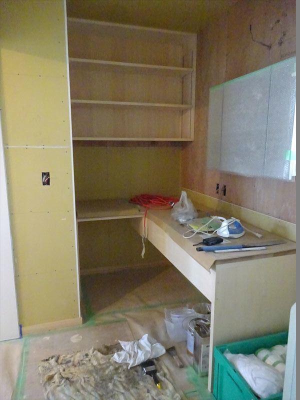 滝沢 穴口の家 大工工事も終盤に入りました。_f0105112_04244350.jpg
