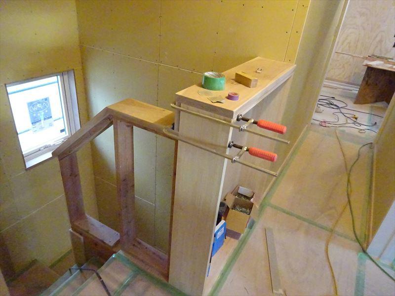 滝沢 穴口の家 大工工事も終盤に入りました。_f0105112_04244398.jpg