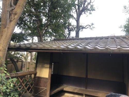 東京都 本燻しの屋根_b0242734_17475024.jpeg