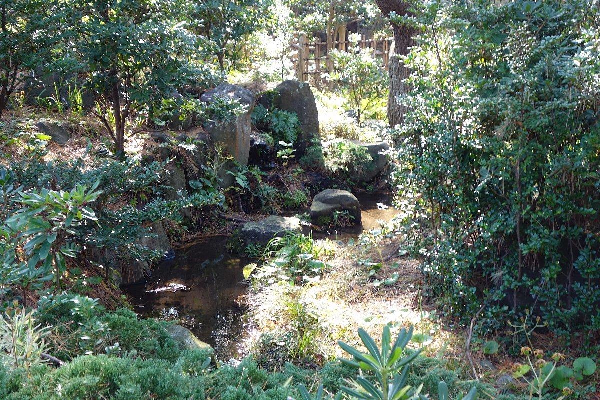 沼津御用邸記念公園 東附属邸_c0112559_08441861.jpg