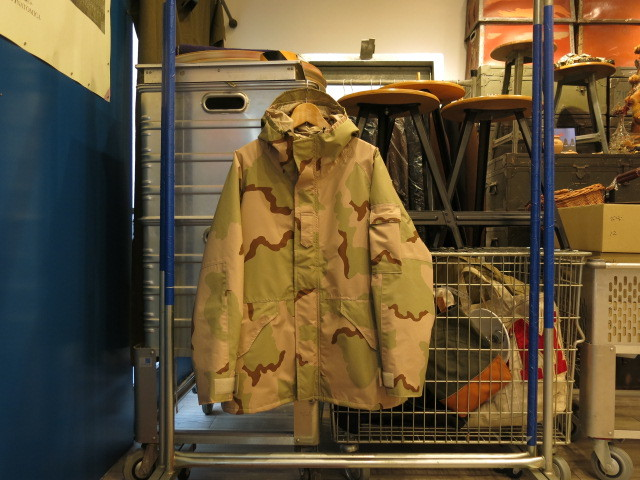 """Rocky Mountain Featherbed GT COLD WEATHER PARKA II WITH DOWN LINER\""ってこんなこと。_c0140560_13473779.jpg"