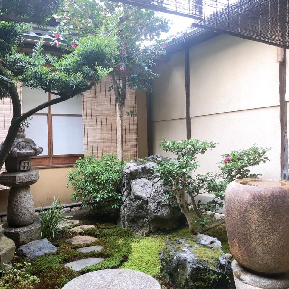 京の節分、坐禅と花と和菓子_b0153663_00003040.jpeg