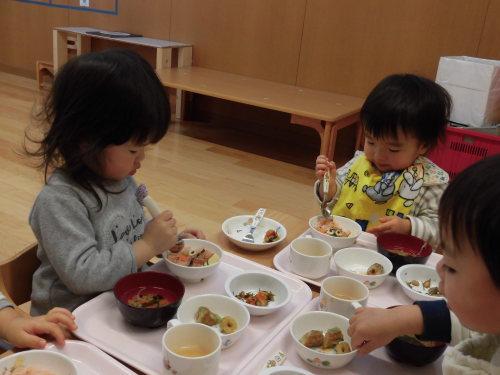 豆まき誕生会(1・2歳児)_c0352066_12030692.jpg