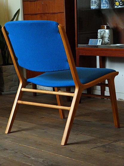 AX chair_c0139773_18335452.jpg