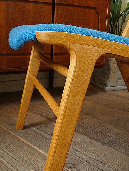 AX chair_c0139773_18342504.jpg