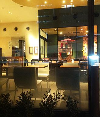 カフェに、チョコっと、ドラムカン。_d0139575_21534790.jpg