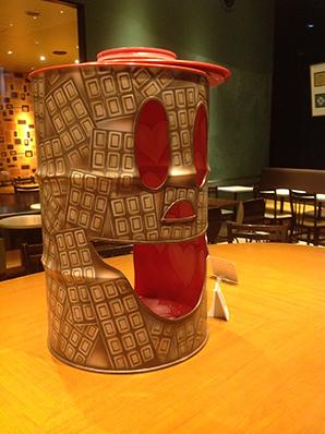 カフェに、チョコっと、ドラムカン。_d0139575_21541853.jpg