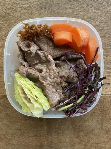 蒸し野菜の朝ごはんと家弁_d0122797_16134092.jpeg