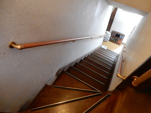 階段手摺取付_d0130212_15131000.jpg