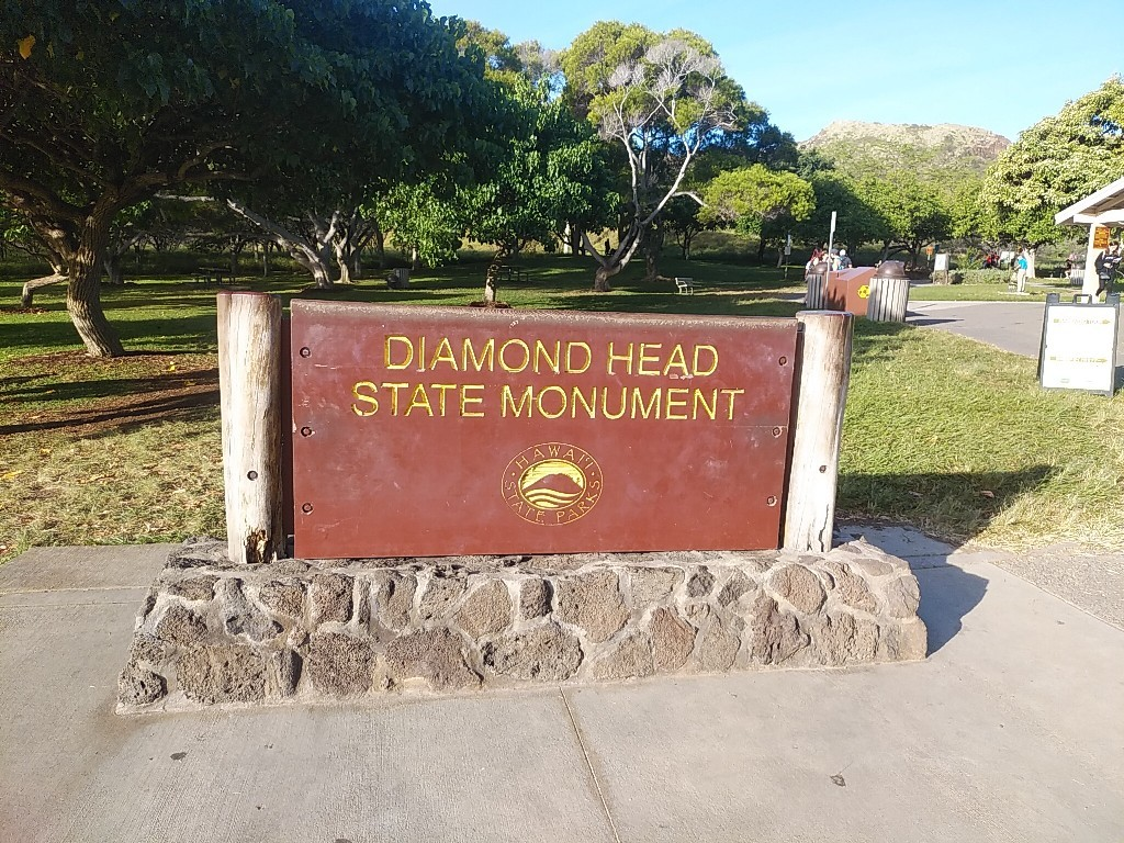 ダイヤモンドヘッド登山♪_c0173826_14321514.jpg