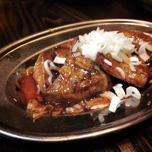 昭和レトロな焼きトン居酒屋「大喜利」は料理も充実していて良い感じ_c0060143_12545199.jpg