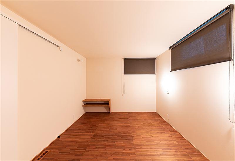 公園を独り占めできる2階リビングの家 竣工写真_b0349892_11472350.jpg