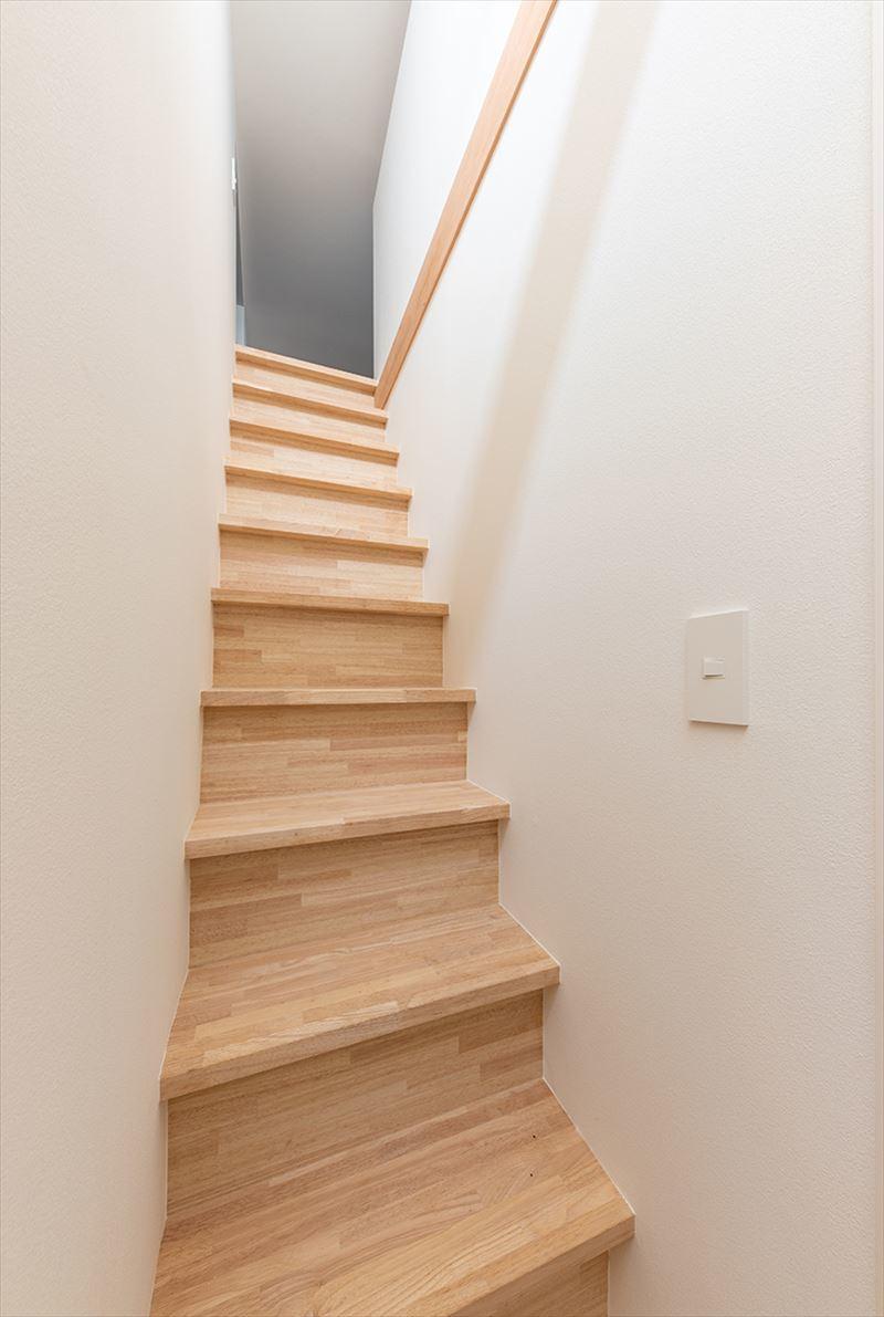 公園を独り占めできる2階リビングの家 竣工写真_b0349892_12020340.jpg