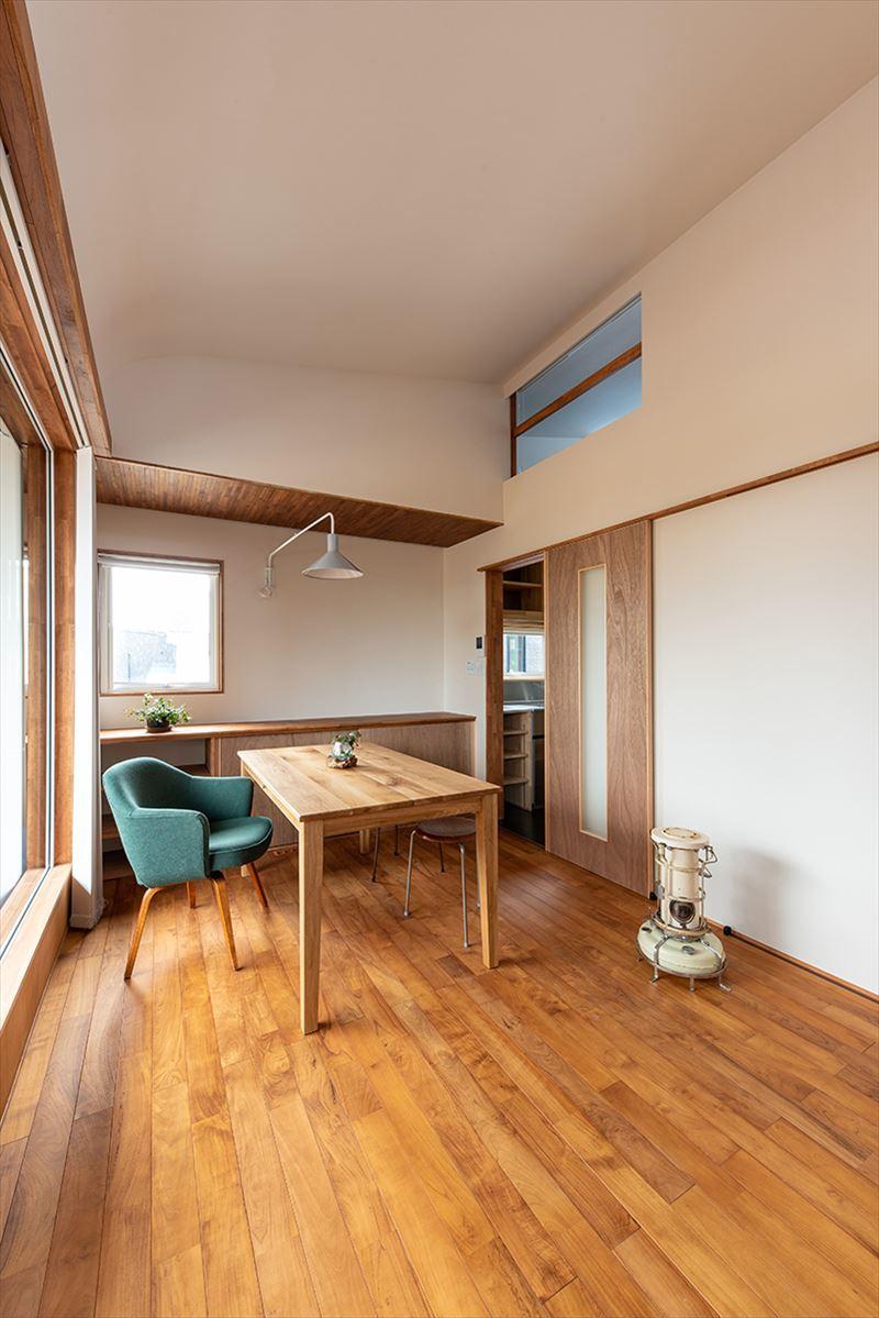公園を独り占めできる2階リビングの家 竣工写真_b0349892_12053209.jpg