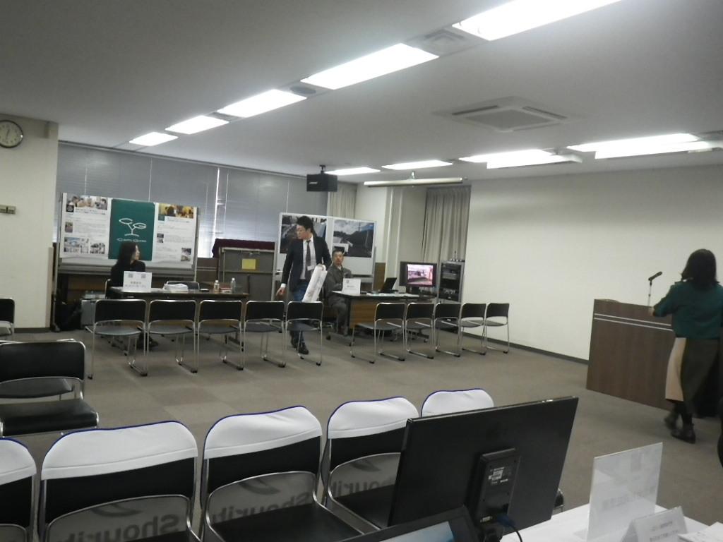 2/4  みどりの合同企業説明会(ベルサール西新宿にて)_b0172896_17514257.jpg