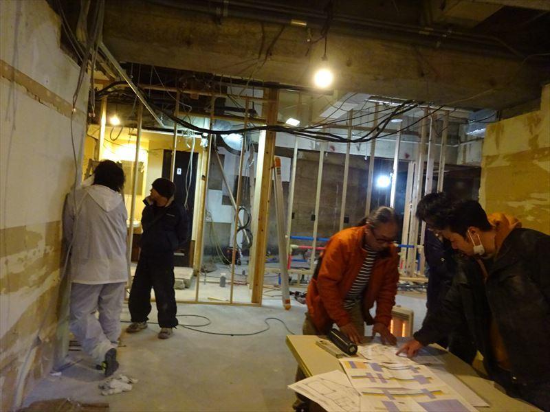ベアレン醸造所様 駅前新店舗開店工事 進行中!_f0105112_04142921.jpg