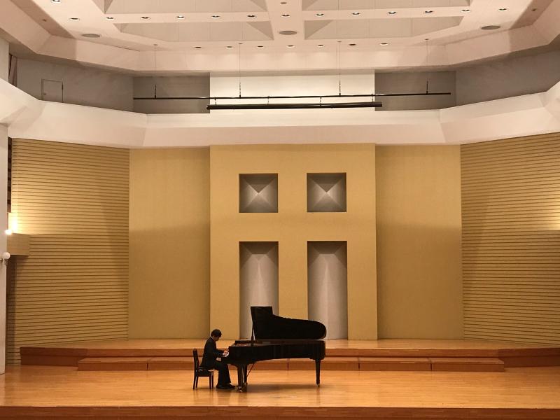 普通科音楽コース3年生、ピアノ卒業試験でした!_d0016622_11342342.jpg