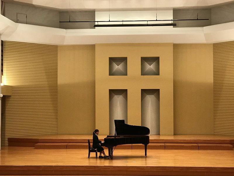 普通科音楽コース3年生、ピアノ卒業試験でした!_d0016622_11343502.jpg