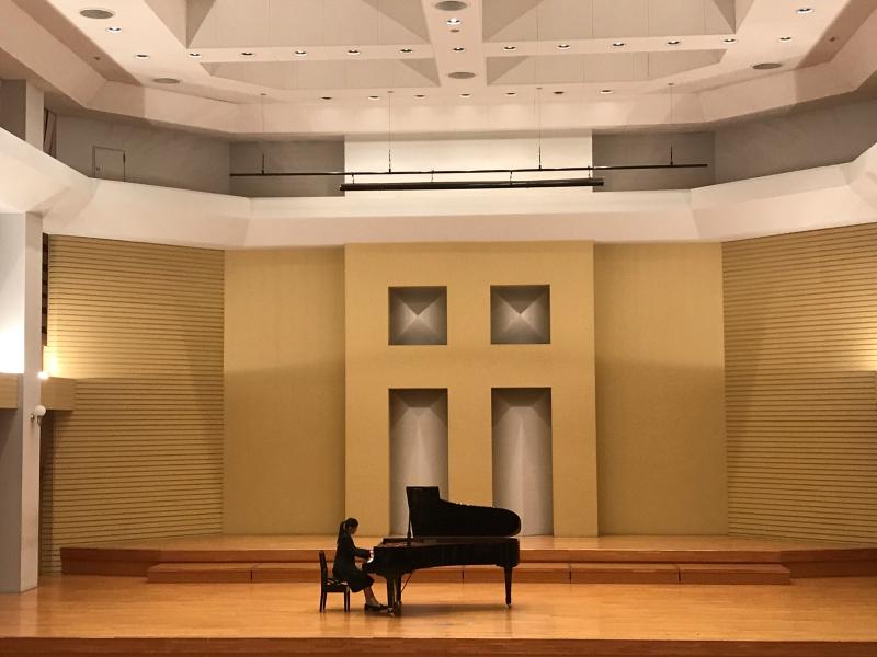 普通科音楽コース3年生、ピアノ卒業試験でした!_d0016622_11353597.jpg