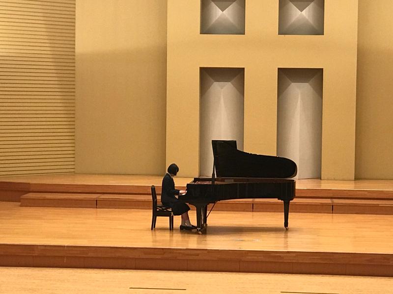 普通科音楽コース3年生、ピアノ卒業試験でした!_d0016622_11354267.jpg