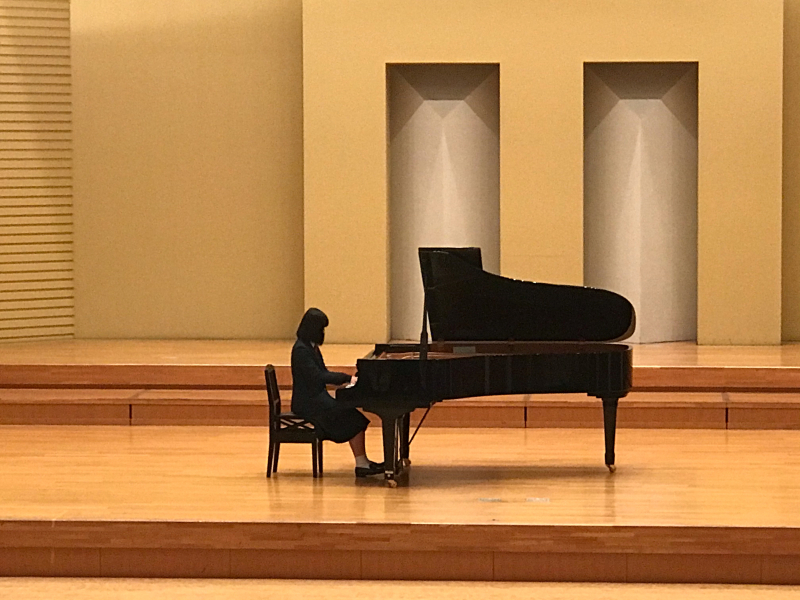 普通科音楽コース3年生、ピアノ卒業試験でした!_d0016622_11354541.jpg