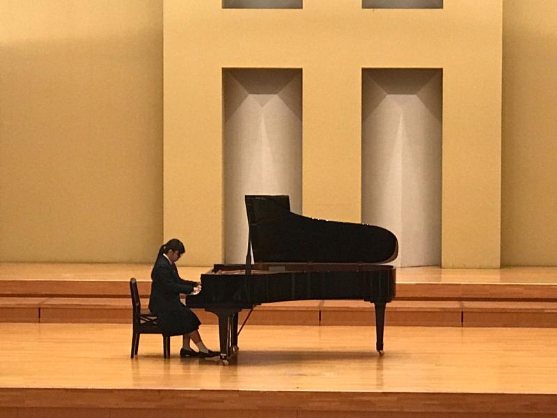 普通科音楽コース3年生、ピアノ卒業試験でした!_d0016622_11360220.jpg