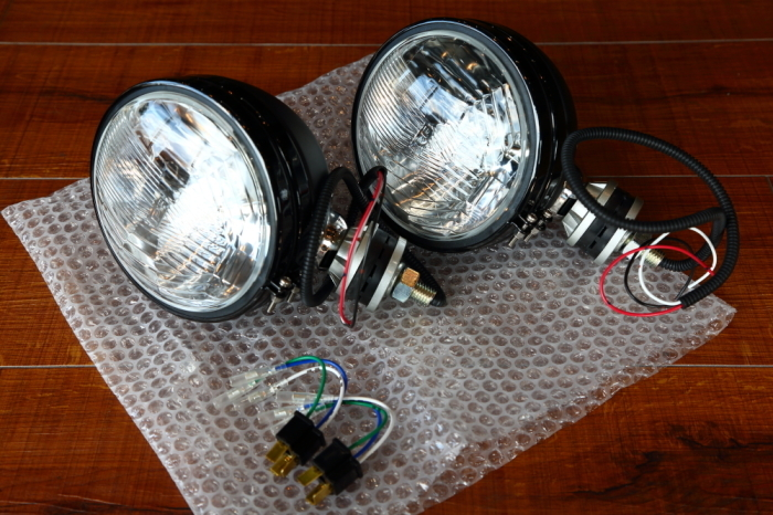 TJへ 外付けヘッドライト加工_f0105425_18481426.jpg