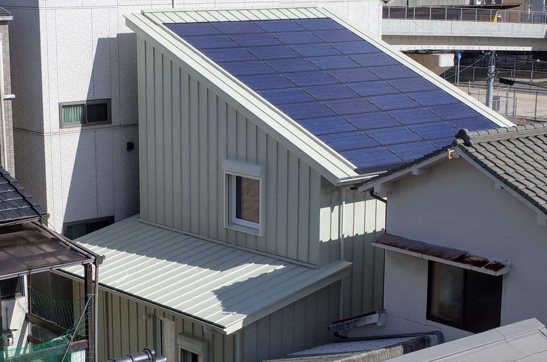 広島のウッドステーション、エコテクノルーフ採用現場を見学しました_d0004728_16120852.jpg