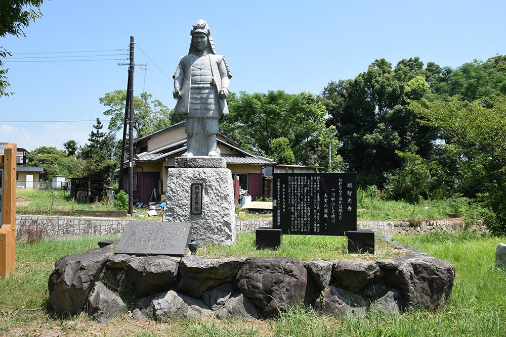 近江坂本城跡を歩く。 その1 <坂本城址公園>_e0158128_22574287.jpg