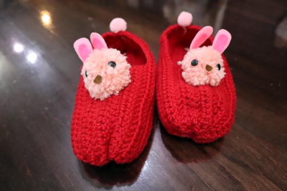 編みもの ~ ウサギのルームシューズ ~_e0222340_15525939.jpg
