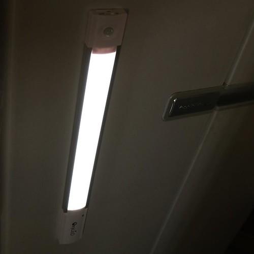【AD】夜中に冷蔵庫に近づくと自動点灯!OxyLEDセンサーライト T-04が便利_c0060143_15160262.jpg