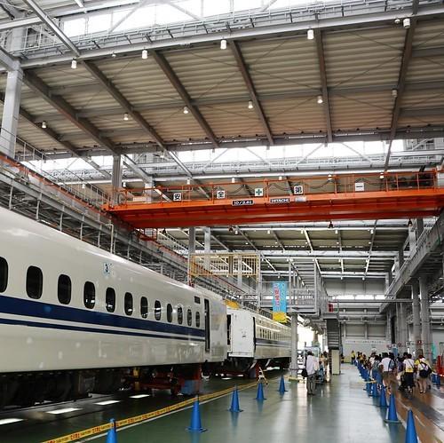 新幹線工場を見学してきた!かっこいいね。_c0060143_16044674.jpg