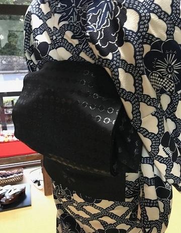姉妹でご来店のお客様・浦野理一着物・大島紬。_f0181251_19111672.jpg