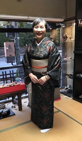 姉妹でご来店のお客様・浦野理一着物・大島紬。_f0181251_19143217.jpg