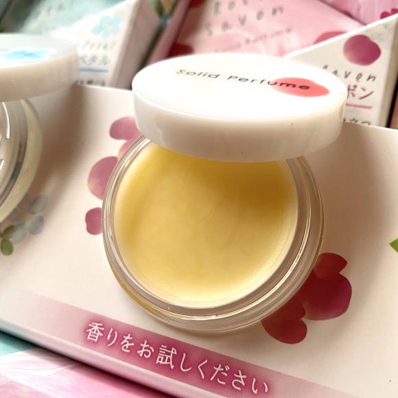 生活の木『Solid Perfume 練り香水』2月1日発売!!_a0044064_13292190.jpg