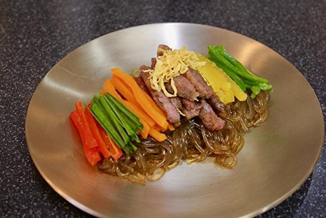 今さらまじめに韓国料理シリーズ チャプチェ編_a0223786_15343757.jpg