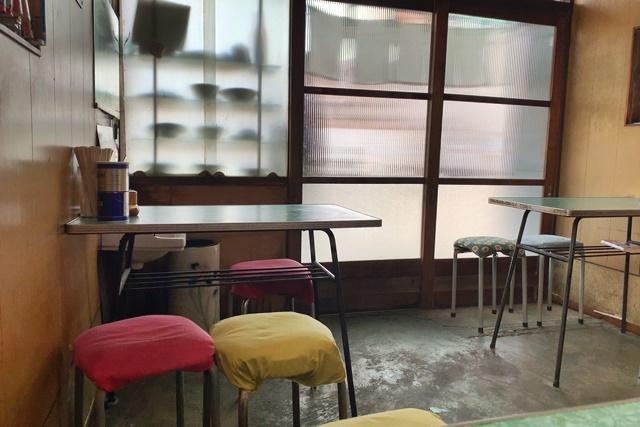 [沼津]鷹の家:昭和の黄色いカレーの美味しさに感激!_d0144092_17091862.jpg
