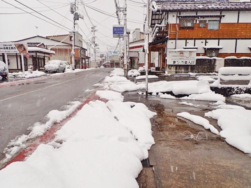 ようやく冬らしい朝でした!_c0336902_21084159.jpg