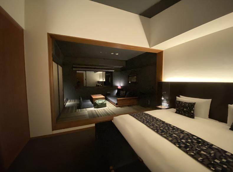 bar hotel 箱根香山_e0379526_22242435.jpg