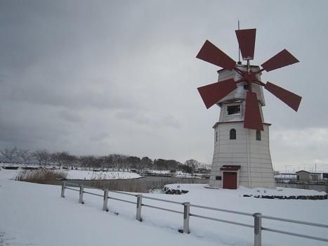 初雪あそび_b0177436_23145933.jpg