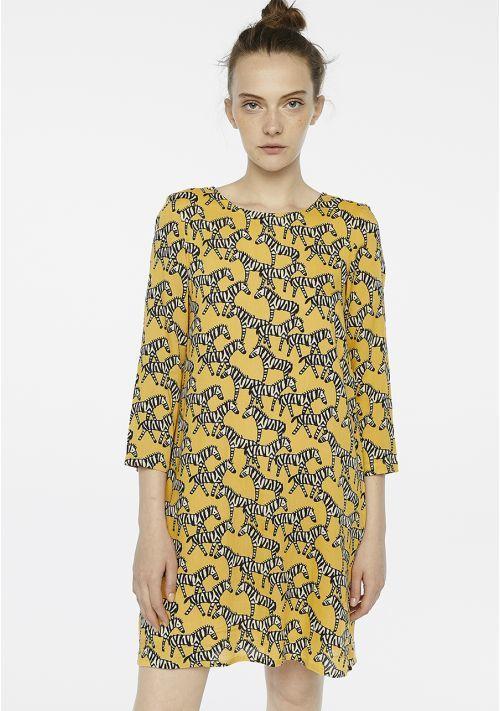 春服を買いました!_b0305039_02140588.jpg
